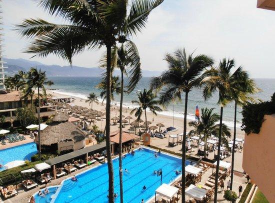 Crown Paradise Golden Resort Puerto Vallarta: The view from Room 6107