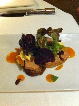 La Couleuvrine : tartine de foie gras de canard pain aux fruits du mendiant