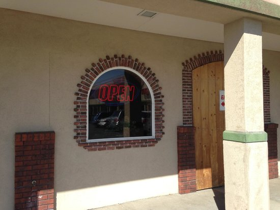 Jalisco's Mexican Restaurant No. 1: Front Entrance