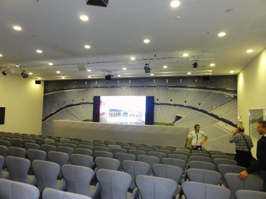 Allianz Arena: Entrevistas coletivas (sala)