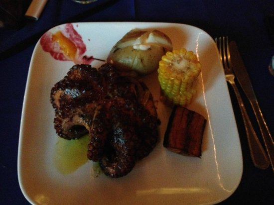 Hotel Coco Beach & Casino: My grilled octopus