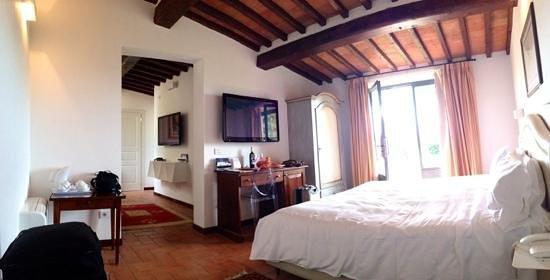 Villa I Barronci: vue interieure de la chambre de la suite numero 7
