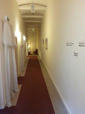 Unitas Hotel: Corridoi alle camere.