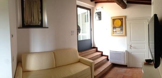 Villa I Barronci: entree de la suite numero 7
