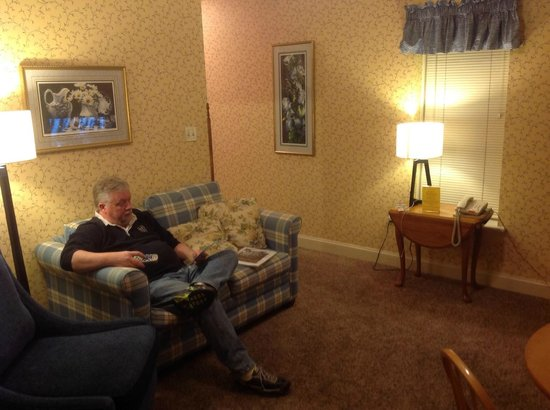 James Gettys Hotel : the living room