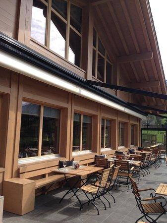 Hotel Spitzhorn: Auf der Hotelterrasse