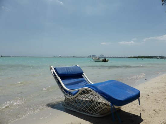 Boca Chica : Random deck chair by the water
