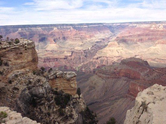 Grand Canyon Tour Company - South Rim Bus Tour : Gran Cañón del Colorado south rim