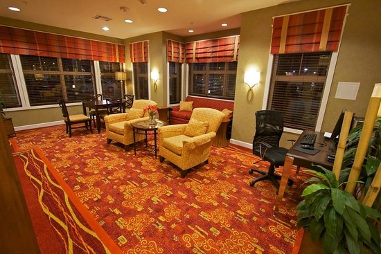 Residence Inn Bryan College Station: Business Library