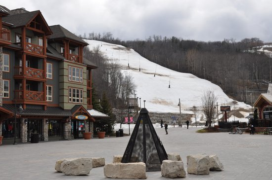 Westin Trillium House Blue Mountain: The Ski Slope in Blue Mtn Village