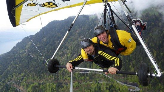 Bumblebee Hanggliding Interlaken: Wahoo!