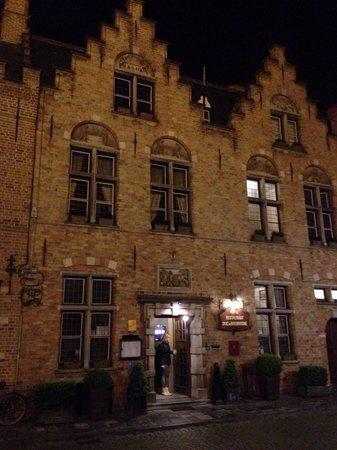 Duc de Bourgogne: Ingresso hotel