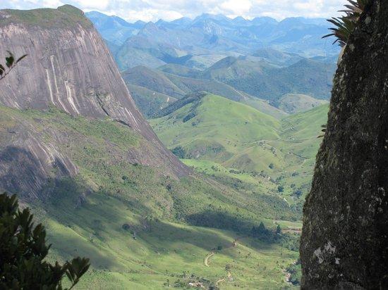 Cachoeiras de Macacu, RJ: O visual da trilha da Caixa de Fósforo.