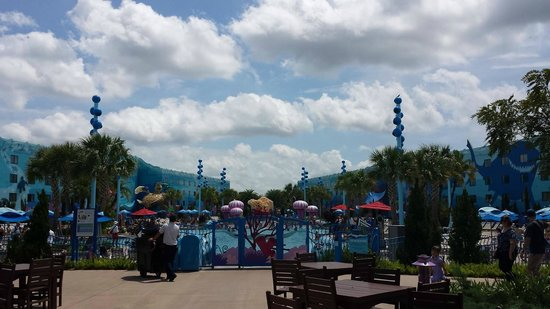 Disney's Art of Animation Resort: Piscina