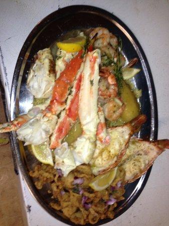 Stratis Mediterranean Grill: Seafood platter