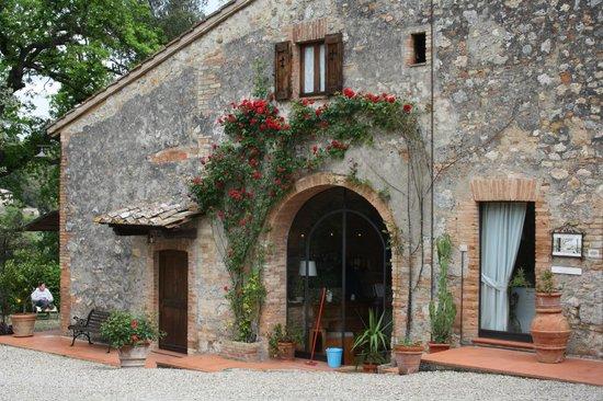 Villa Baciolo: front of the house