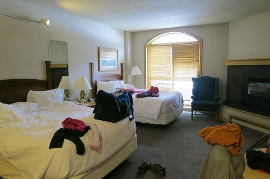 The Vintage Resort Hotel & Conference Center: Room