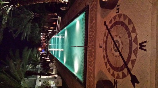 National Hotel Miami Beach: Piscina in notturna