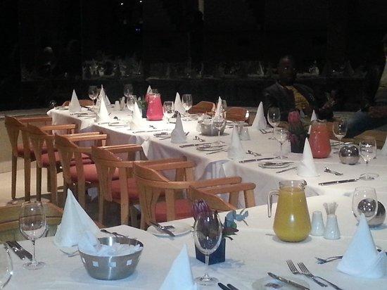 Hotel Thule: Dinner table