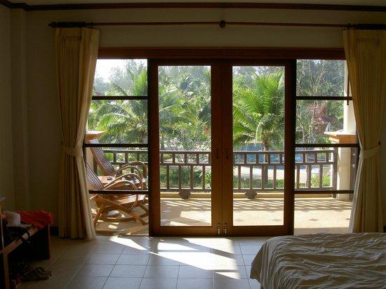 เกาะคอเขา รีสอร์ท: Вид на балкон