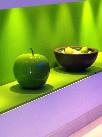Radisson Blu Astrid Hotel, Antwerp: Le mele all'ingresso