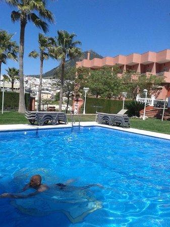 Hotel El Mirador de Rute: Zwembad