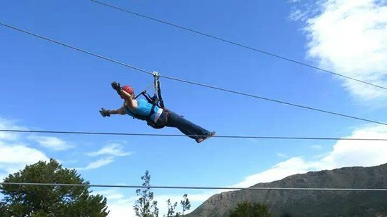 Royal Gorge Zip Line Tours : Look, Ma! No hands!