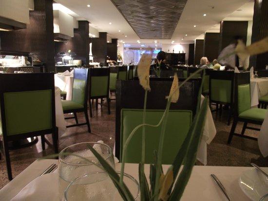 Barcelo Santo Domingo: Dinning