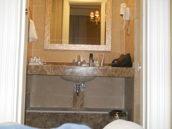 Hotel Gritti Pera: bathroom
