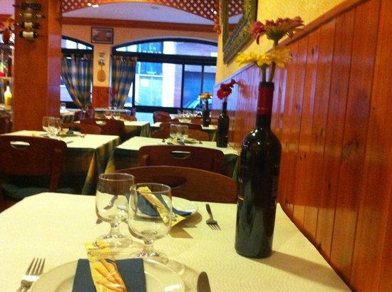 Pizzeria IL Siciliano: In Side