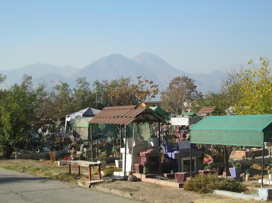 Tour Nocturno Cementerio General: os Andes