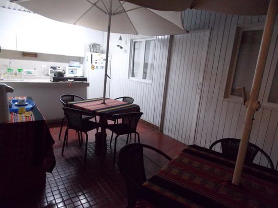 Pucllana Lodge: Area de Comedor y cocina