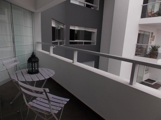 Pucllana Lodge: Balcon de la habitacion