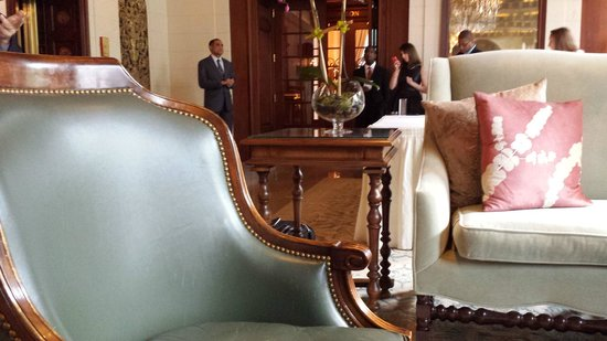 The St. Regis Washington, D.C.: Gorgeous furniture in the lobby