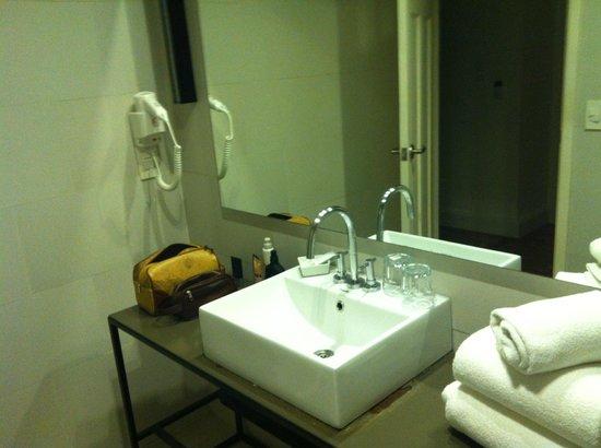 Esplendor Hotel Cervantes: Banheiro suíte