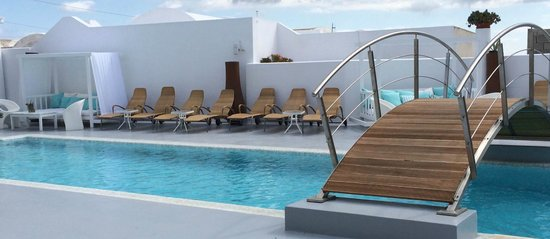 Aressana Spa Hotel and Suites: The water's cold but is perfect on hot days