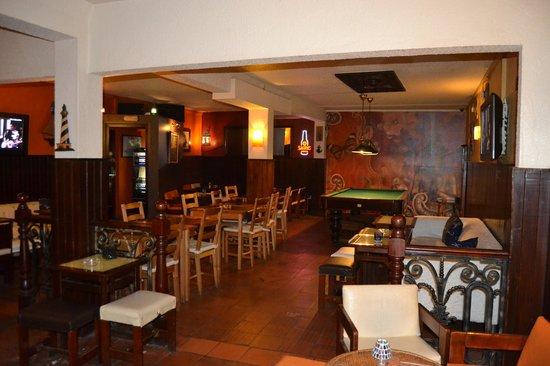 Klass Bar