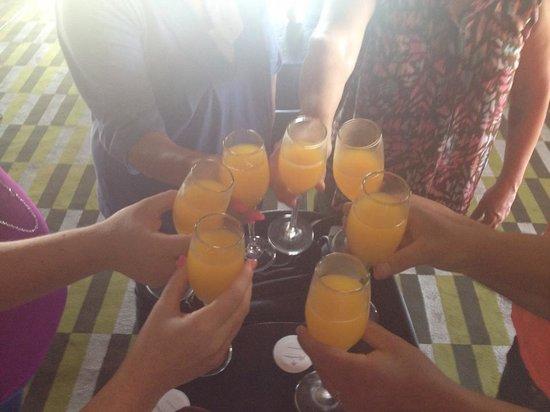Paradisus Palma Real Golf & Spa Resort: Mimosas upon arrival at Paradisus!