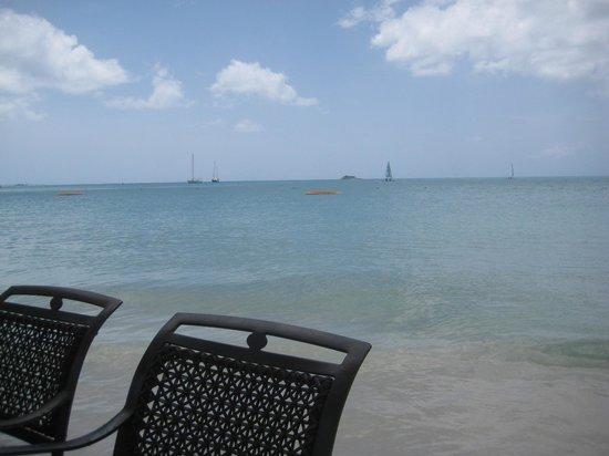 Sandals Grande Antigua Resort & Spa : aqua waters