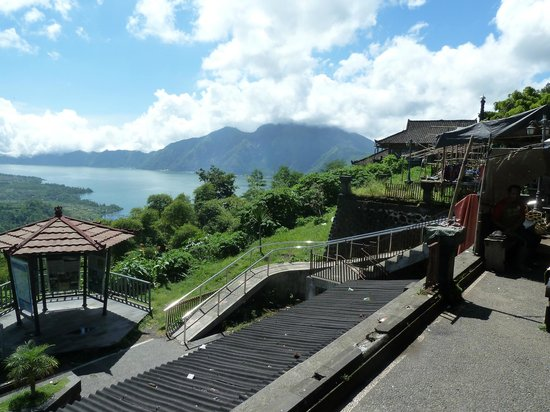 Bali Bike Baik Cycling Tours: The top of the mountain
