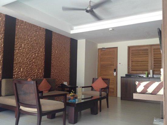 Villa Kayu Raja : Lounge room