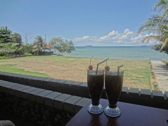 Bintan Agro Beach Resort: Relaxing view