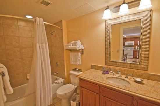 Wyndham Grand Desert: Great bathrooms