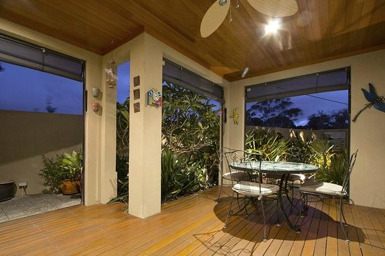 Sorrento Beach Bed & Breakfast: alfresco area