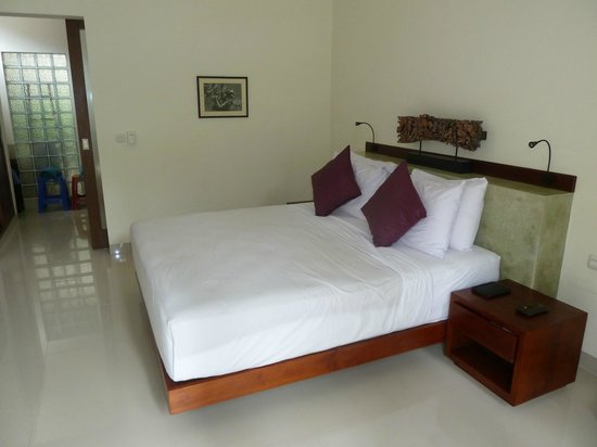 Ubud Bungalow: Very Supreme Deluxe room 4