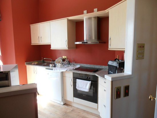 Kilconquhar Castle Estate and Country Club: kitchen