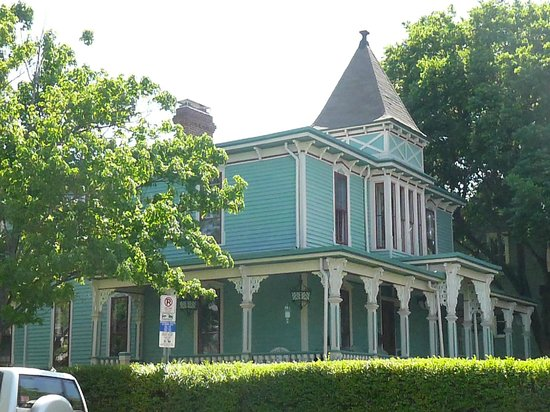 Fourth Ward: Another home