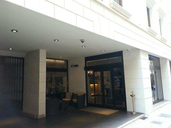 Hotel Milano: Entrada