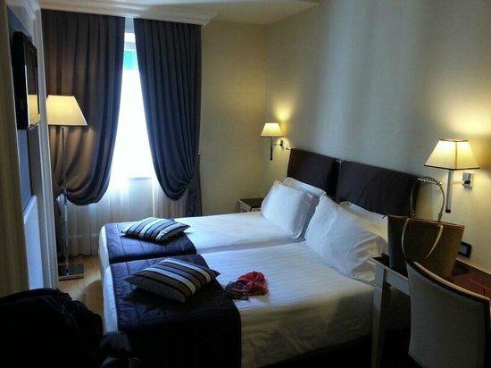 Hotel Milano: Quarto duplo