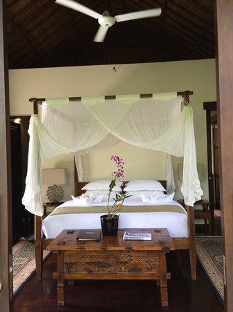 Villa Saraswati: Lotus room bed.